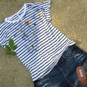 White floral striped t